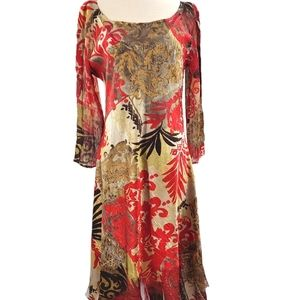 Spectacular dull gold and red crinkle dress